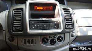 7600euro Opel Vivaro 8+1 Euro5 - imagine 3