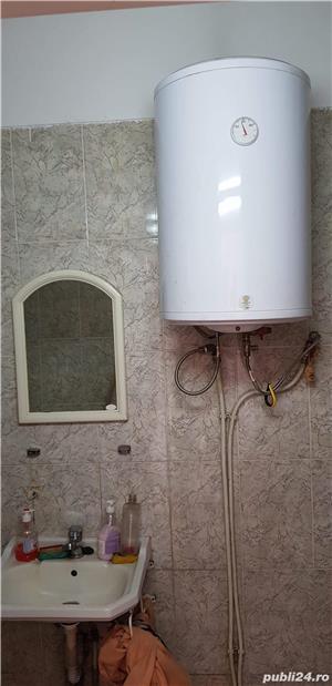 Vand spatiu birouri mobilat(3 incaperi de birouri+hala in aceeasi cladire) - imagine 6