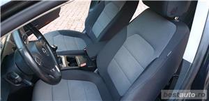 VW Passat 2 L.TDI 140 CP FULL EXTRASE  - imagine 17