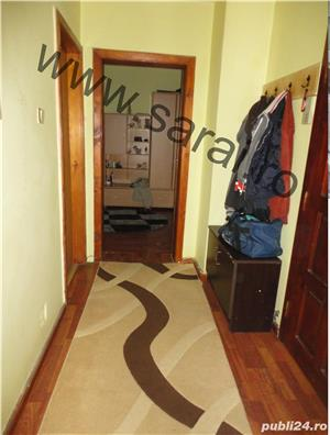Zona A.Muresanu - Ap. cu 3 camere dec=90mp,finisat, lift, loc parcare, mobilat si utilat, izolat - imagine 7
