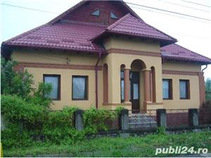 VAND CASA – VILA P+M  Propietar,vând imobil (parter, mansardă), recent consolidat şi renovat, având - imagine 2