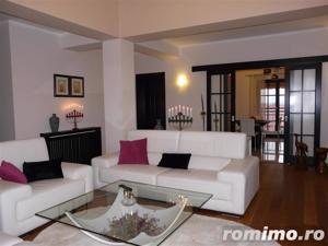 De vanzare apartament in vila - imagine 2