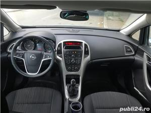 Opel Astra J 1.6/benzina/f 06.2010/85kw/116CP - imagine 2