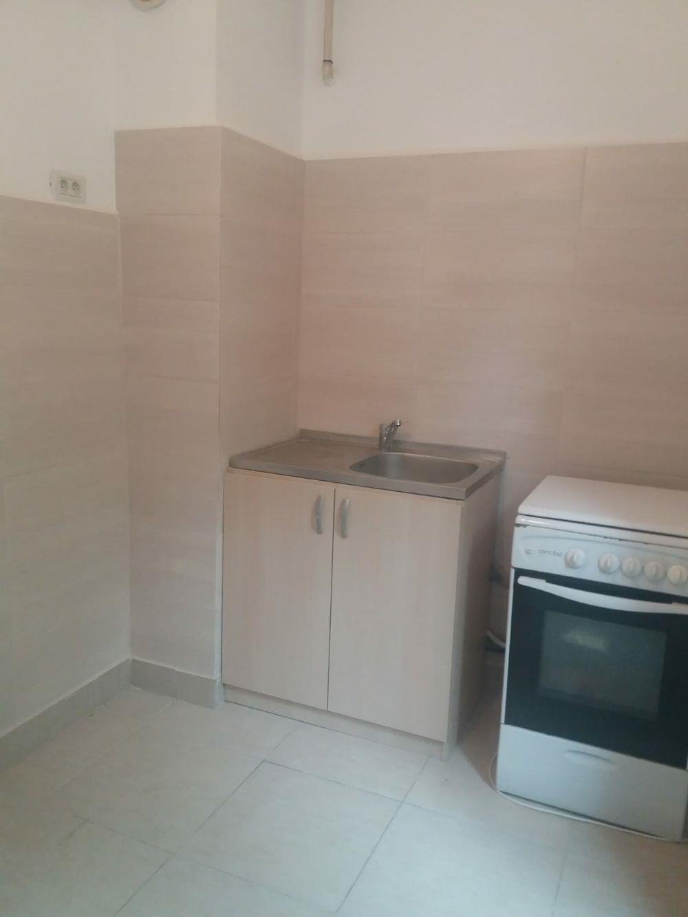 Proprietar vand apartament central 2 camere bloc de caramida et 2 - imagine 8