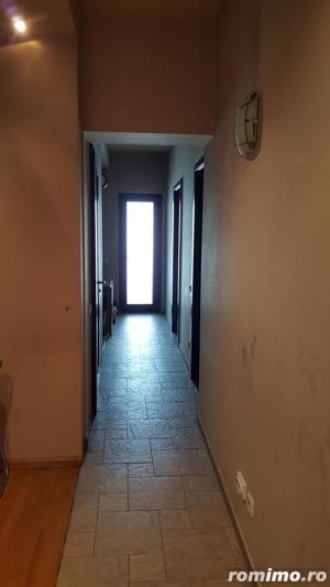 Casă cu 7 camere de vânzare - zona Vatra Luminoasa - imagine 6