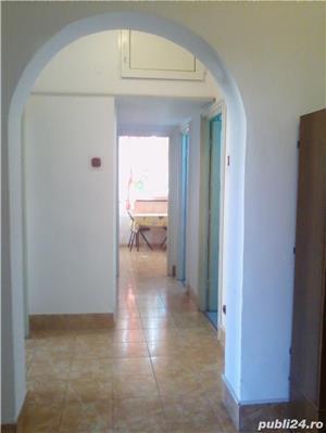 - Bloc Rusesc - Apartament de Vanzare 3 Camere - ( Bloc tip vila ) - - imagine 7