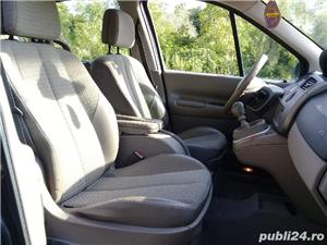 Renault Scenic - imagine 4