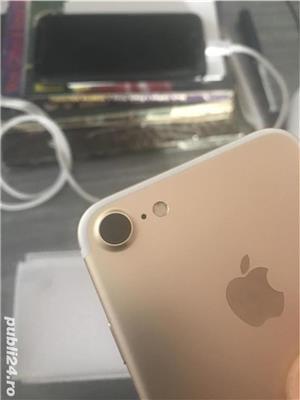 Iphone 7 Gold 32 gb blocat in cont - imagine 1