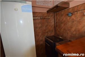 FM942 Zona Medicina, Apartament 1 camera, Decomandat - imagine 5