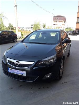 Opel Astra sports tourer - imagine 4