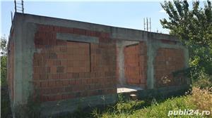 Vand Teren la Cerna, casa (proiect inceput cu fundatie si ziduri )+gradina+anexa cu casa si garaj - imagine 4