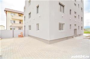 Vand apartament 3 camere Calea Cisnadiei 53mp , 80 mp gradina 64700 euro - imagine 2