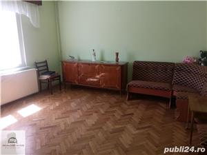 Imobiliare Maxim - casa singur in curte, zona Calea Poplacii - imagine 2