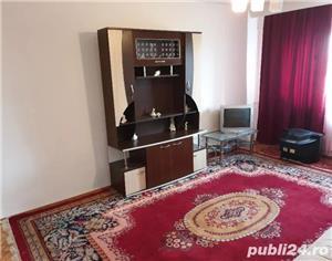 Apartament 2camere decomandat,mobilat si utilat,zona Poarta 6 - imagine 2