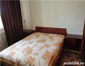 Apartament 2camere decomandat,mobilat si utilat,zona Poarta 6 - imagine 7