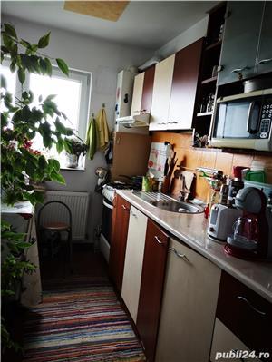 Se vinde apartament 2 camere - imagine 5