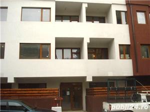 Vand apartament cu 3 camere  - imagine 1
