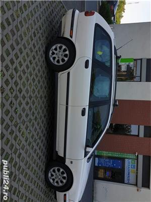 Volvo V40 - imagine 3