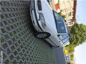 Volvo V40 - imagine 12