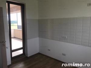 Otopeni, 23 August, apartament de 3 camere, suprafata 103mp, etaj 1/3, loc de parcare + boxa.  - imagine 4