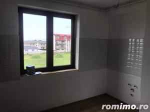 Otopeni, 23 August, apartament de 3 camere, suprafata 103mp, etaj 1/3, loc de parcare + boxa.  - imagine 7