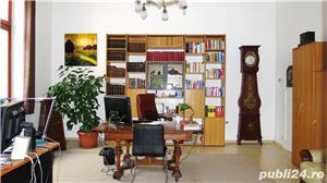 Spatiu pentru birou 4 camere, Bulevardul Revoluţiei, etajul 1, centrală pe gaz - imagine 1
