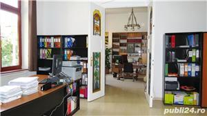Spatiu pentru birou 4 camere, Bulevardul Revoluţiei, etajul 1, centrală pe gaz - imagine 2