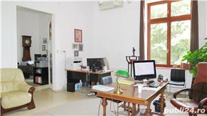 Spatiu pentru birou 4 camere, Bulevardul Revoluţiei, etajul 1, centrală pe gaz - imagine 3