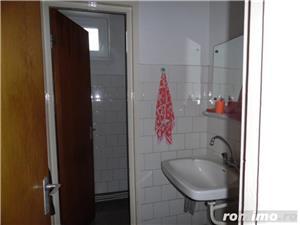 Apartament 4 camere decomandat cu GARAJ si BOXA sub bloc - imagine 2