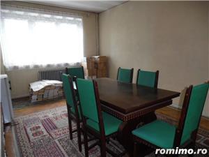 Apartament 4 camere decomandat cu GARAJ si BOXA sub bloc - imagine 8