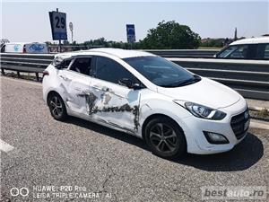 Hyundai i30 - imagine 3