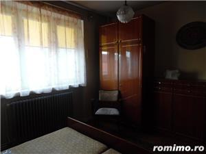 Apartament 4 camere decomandat cu GARAJ si BOXA sub bloc - imagine 4