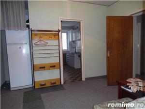 Apartament 4 camere decomandat cu GARAJ si BOXA sub bloc - imagine 13