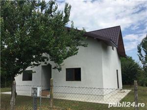 Casa de vânzare Sculeni  Iași România  - imagine 1