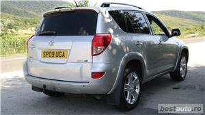 Toyota rav4 - imagine 8