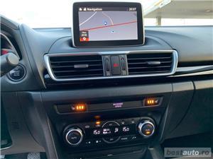 Mazda 3 - imagine 11