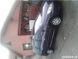 Peugeot 204 - imagine 2