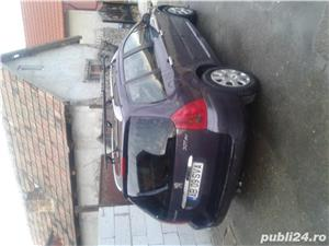 Peugeot 204 - imagine 3