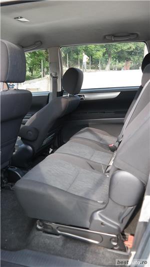 Toyota avensis verso - imagine 2
