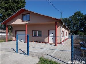 Casa- 2011 - 6 km pana la autostrada-in vecinatate - imagine 11