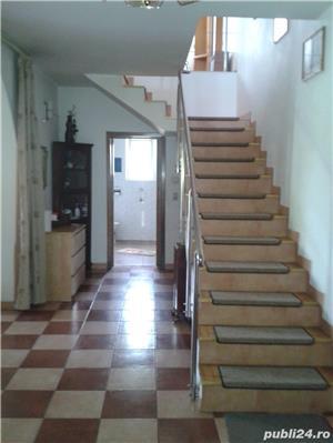 """Vila familiala /investiție,langa DN1,central,dar verde """"ca la tara'':) 6 camere P+1+P mansardabil,  - imagine 4"""