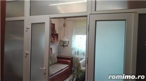 Gh.Lazar apartament 3 camere,et 1 din 10,renovat,7 minute de centru,pret 71.000 euro - imagine 5