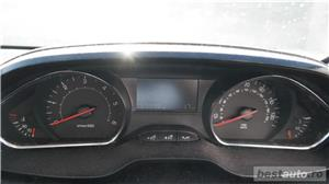 Peugeot 208 - imagine 2