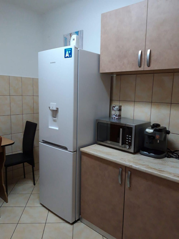 Apartament 2 camere et 1central decomandat REGIM HOTELIER  - imagine 3