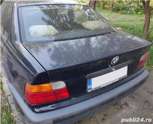 Dezmembrez BMW 318i e36 - imagine 3