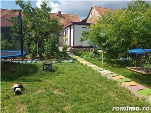 Casa de locuit la 6 KM de Manastirea Prislop - imagine 14