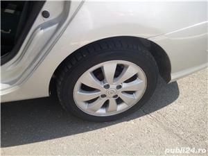 Renault Symbol - imagine 10