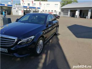 Mercedes-benz Clasa C 220 - imagine 4