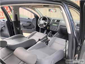 VW GOLF 5 -1,4 Benzina  - RATE FIXE , EGALE , FARA AVANS , EURO 4 , CLIMA  - imagine 10
