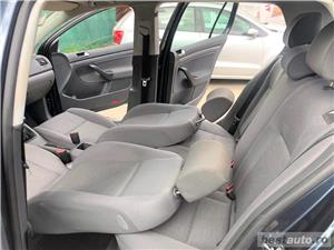 VW GOLF 5 -1,4 Benzina  - RATE FIXE , EGALE , FARA AVANS , EURO 4 , CLIMA  - imagine 8